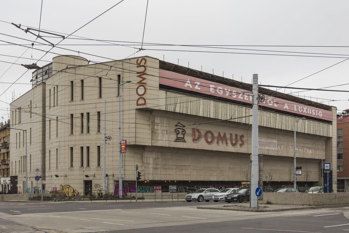 áruház szempontjából)
